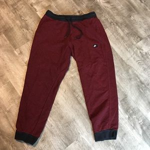 Nike men's cuffed sweatpants size XL
